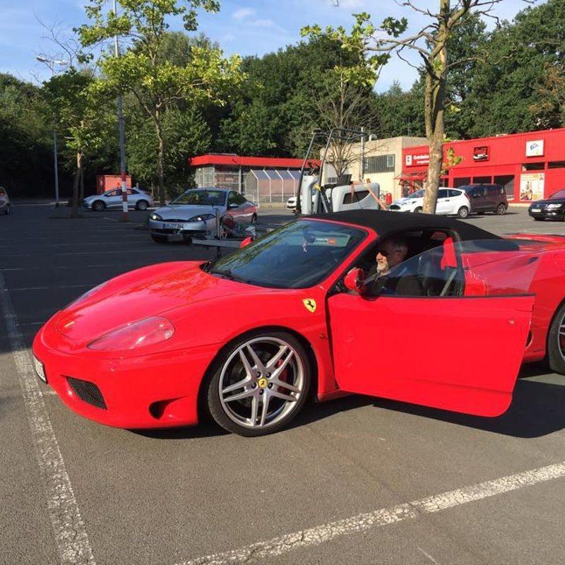 Beifahrer im Ferrari 360 Spider - Frechen