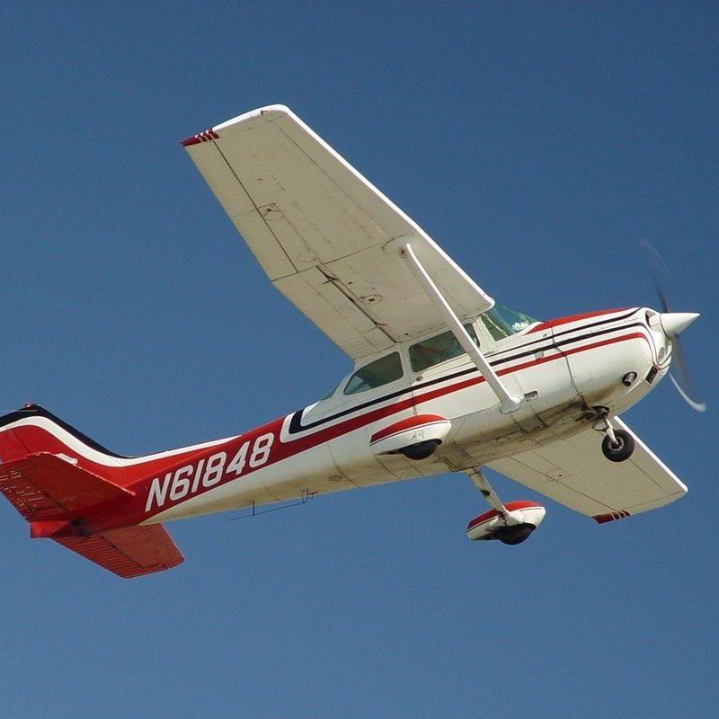 Flugzeug selber fliegen und Rundflug Falkensee