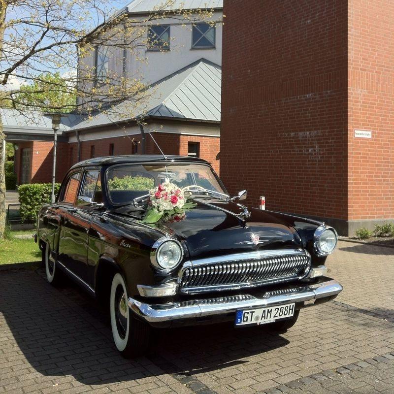 Hochzeitsauto de luxe: Wolga M-21 mit Chauffeur - Raum Bielefeld