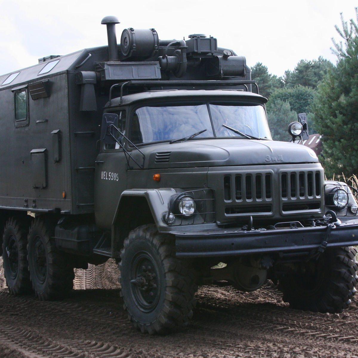 Militärfahrzeug fahren - Raum Magdeburg