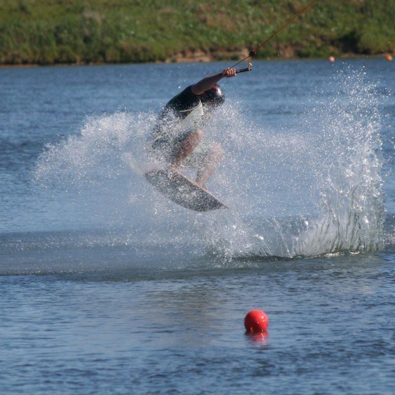Wasserski fahren – Damp