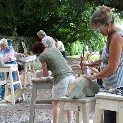 Workshop zu afrikanischer Steinbildhauerei – Köln