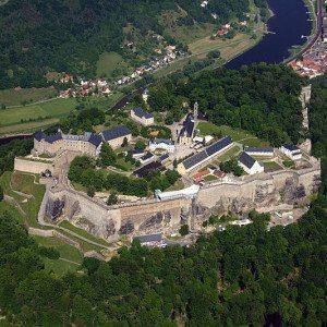 Exklusiver Rundflug für max. 3 Personen – Sächsische Schweiz