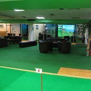 Indoor-Golf für 4 Personen - Köln