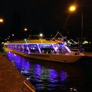 Partyboot auf der Spree - Berlin
