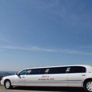 VIP-Tour - Stretchlimousine inkl. Chauffeur - Wien